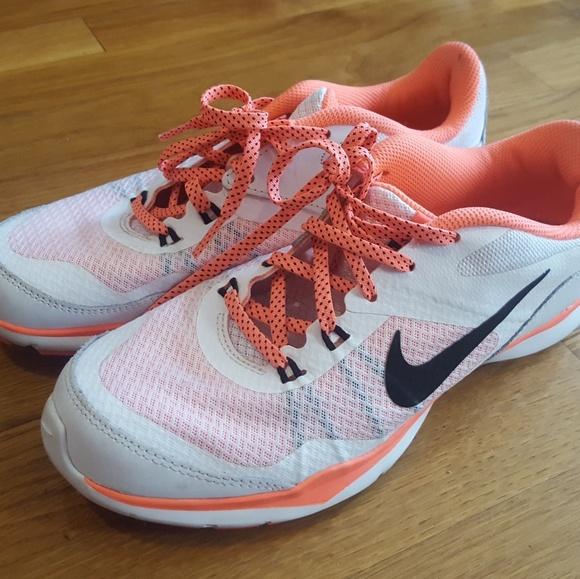 db226747b9d7 Women s Nike Flex Trainer 5 (Size 7). M 5c0c26a22e14780f99d8440b